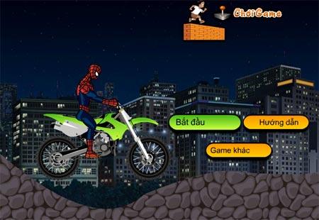 Người nhện đua xe máy