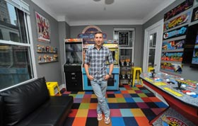 Game thủ Mỹ bỏ vợ chưa cưới, biến nhà thành phòng chơi game